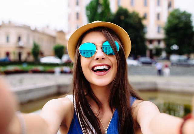 Sürekli selfie çekmek psikolojik bir sorun mudur?